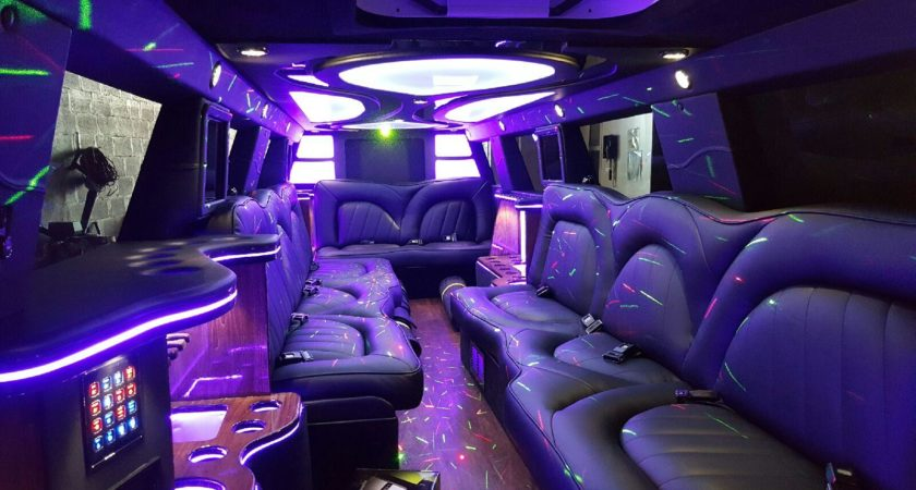 Five Reasons You Should Hire A Limo For Your Event